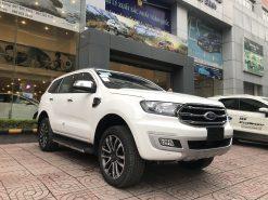 Ford Everest Titanium 2.0L 4×2 AT
